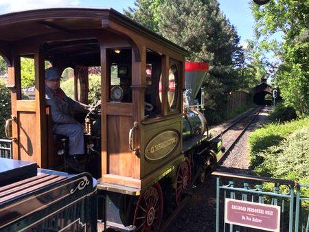 Det flotte tog i Disneyland Paris